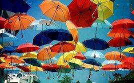Красивый зонт – элемент особого шика class=
